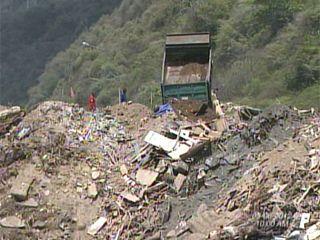 Resultado de imagen para contaminacion escombros